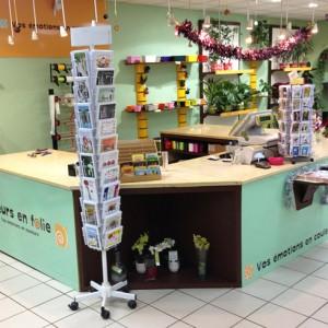 Agencement de boutique fleuriste auxerre - Le comptoir des fleuristes ...