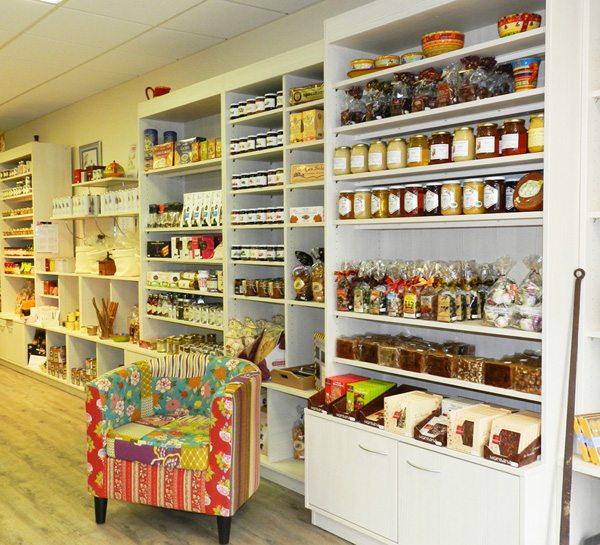 Espace dégustation - mobilier de boutique et épicerie