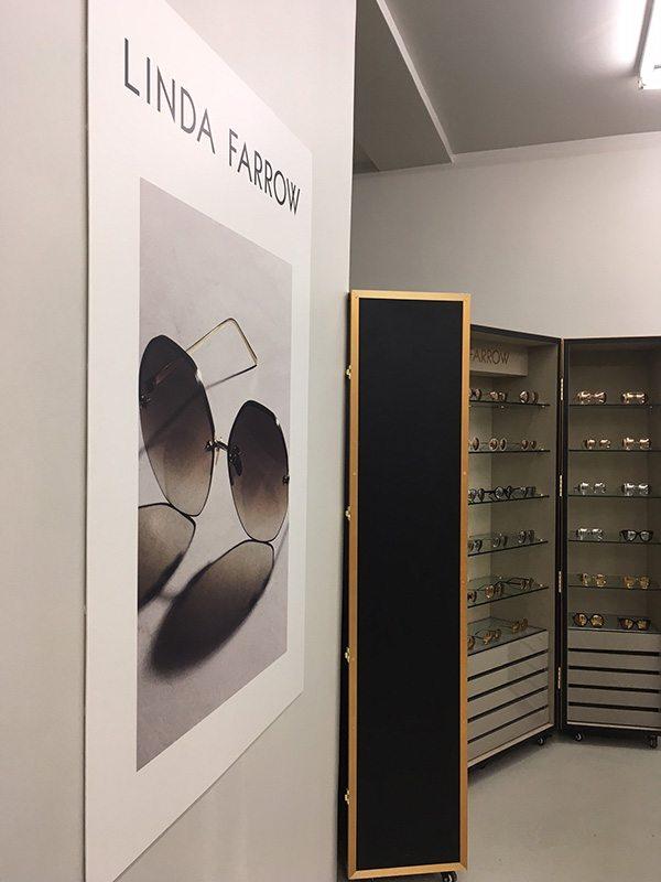 Affiche de showroom optique